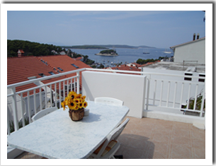apartments hvar